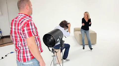 Twiggy - Womens Fashion & Skinny Jeans. http://bit.ly/2zwnQ1x