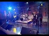 Avril Lavigne - Sk8er Boi (Avril caí na risada)