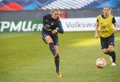 France-Ukraine Féminine : 2 minutes dans les pas des Bleues