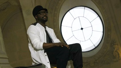 will.i.am au Louvre (will.i.am at the Louvre)
