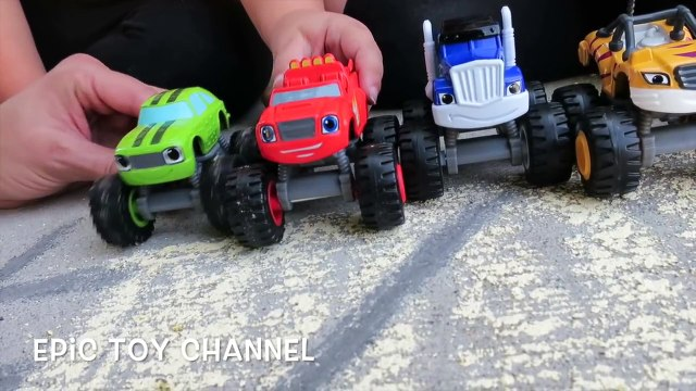 BLAZE AND THE MONSTER MACHINES Race with Blaze, Stripes, Crusher from Blaze and the Monster Machines