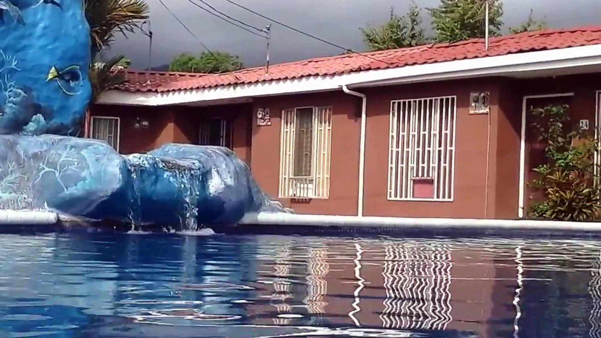 Videos Piscina 3 Condominio Jacó Sol 14082014 349.mp4