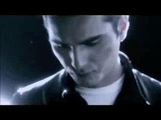 "David Vendetta - ""Break 4 love"" ft Keith Thompson"