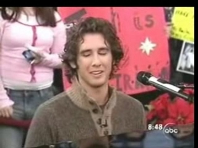 Josh Groban - Good Morning America (4)