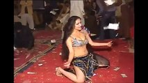 Pakistani Punjabi Randi Mujra dance in wedding