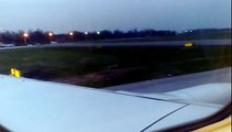 Ryanair 737 take off at wrocław Airport (WRO)