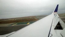 Continental Airlines Boeing 737-900 Landing at SFO