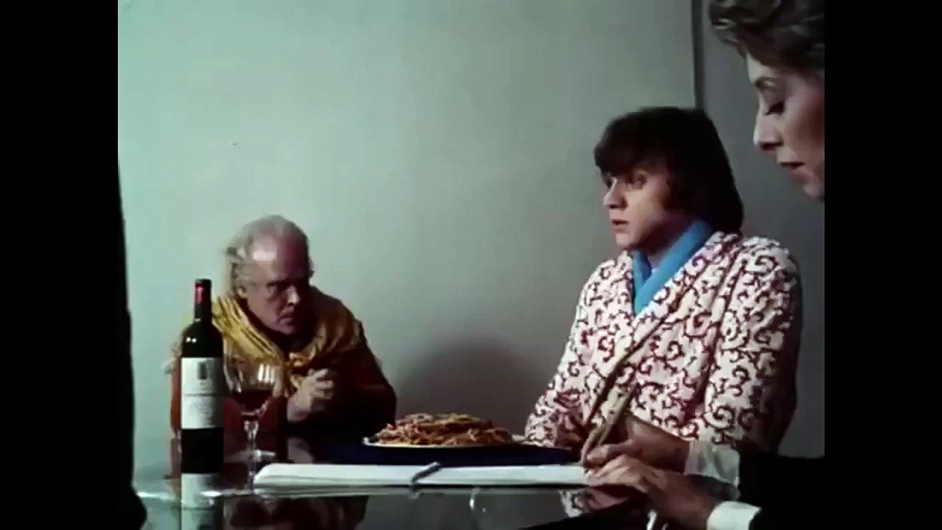 A Clockwork Orange (1971) Trailer - Starring Malcolm McDowell (Directed By Stanley Kubrick)