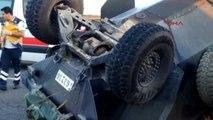 Şanlıurfa?da Zırhlı Araç ile Minibüs Çarpıştı; 1 Ölü, 7'si Asker 8 Yaralı