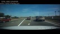 Most Shocking Car Crashes Car Accidents Horrible Car Crash Compilation HD (16)