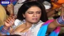 Punjabi bhangra, wedding dance, mehndi dance, punjabi mujra, punjab dance, home girls dance, local girls dance, desi girls dance, belly dance, amazing dance, punjabi stage dance - Video D