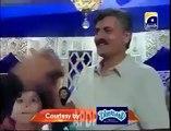 Aamir embarras Girl In Live Show