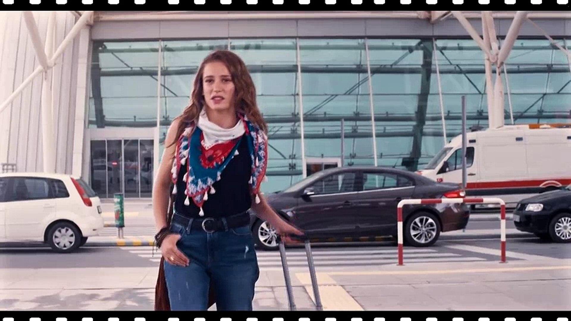 Mavi - Serenay & Kerem Reklam Filmi | # YaşasınMavi