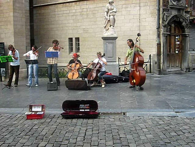 street musicians brussels