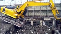 people are awesome crazy heavy equipment doing crazy things, crazy russian crash compilation