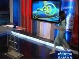 SEXY-Pakistani-news-anchor-Gharida-Farooqi-in-white-leggings-and-high-heels