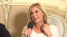 """Michèle Laroque sur Camping 3 : """"J'ai vu des extraits, j'ai ri aux larmes !"""" (INTERVIEW VIDÉO)"""