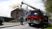 Incendie dans deux habitations à Dave