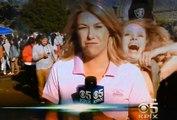 Une festivalière fait une surprise à une journaliste en direct à la TV