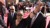 Oprah -- Leads Chant Supporting Harriet Tubman $20 Bill!!!