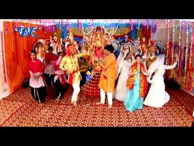 जुलुस में Jhum- Jhum Ke - Singar Sajal Ba Mori Maiya Ke -Pawan Singh-Bhojpuri Mata Bhajan