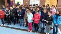 Péronne : les écoliers du Mont Saint-Quentin chantent la Madelon