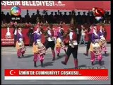 Cumhuriyet Bayramı Bayraklı Hem Turk Halk Oyunları Gösterisi (2013)