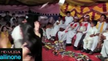 Beautiful Desi Girls  hot  Dance In Wedding Dance-Mujra Party