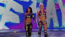 Superstars LayCool vs Beth Phoenix & Kelly Kelly 2010.12.23
