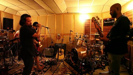 The Ginkz -  โน้ตที่ใช่ในวันที่ช้ำ  (STUDIO LIVE SESSION)