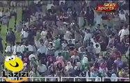 President Mamnoon Hussain Facing Go Nawaz Go Chants During Speech