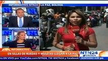 Bolivianos en condición de discapacidad llegan en sillas de ruedas y muletas a La Paz para exigir aumento en su bono men