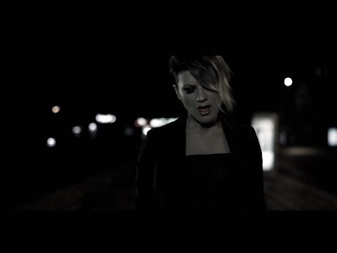 Lori - Nuk mundem (Official Video HD)