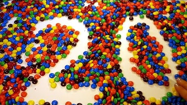Counting to Ten 10 to Twenty 20 with MM's Candy! Learn Numbers and Counting!
