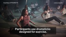 Faites votre sport par du Air Batterie à taper dans le vide LOL - Air drum workout
