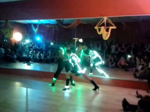 2014 - Show space & strange bachata 2 by Occo Style
