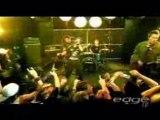 Sum 41 & Avril Lavigne - Hundres Million