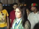 Must Watch Heroine Pakistan Qandeel Baloch crying for Imran Khan outsite PTI Jalsa in Lahore