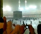 Heavy Rain in Khana Kaaba during Maghrib Prayers