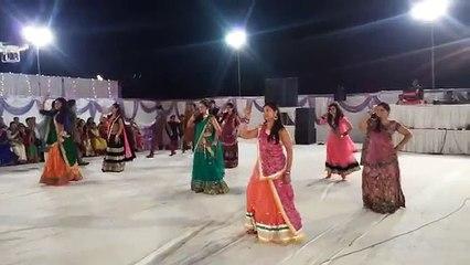 Best Indian Dance Performance on Bollywood Music ll Maulik & Mira's Wedding 2016