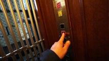 AEG (mod: Hissgruppen ab) Elevator @ Breitenfeldsgatan 1 Stockholm. Sweden
