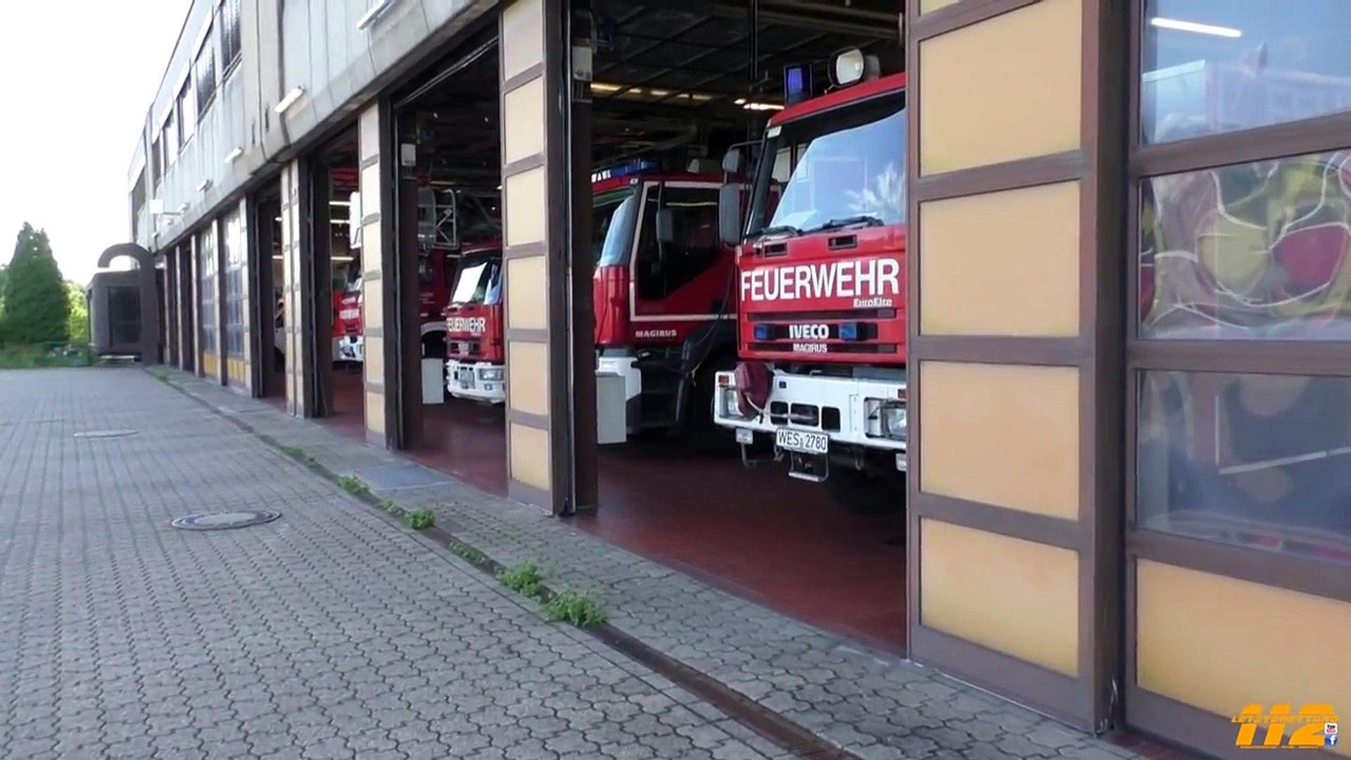 [Explosion in Gebäude] Erweiterter Löschzug, RW und RTW Feuerwehr Moers
