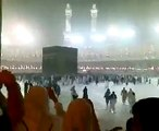 Heavy Rain In Khana Kaaba During Maghrib Prayer.