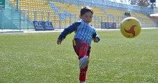Poşetli Messi, Tehditler Sonrası Afganistan'ı Terk Etmek Zorunda Kaldı
