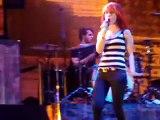 Paramore-Crush Crush-Bakersfield 5/20/09