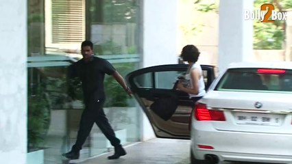 Cops record Kangana's statement in case filed by Hrithik