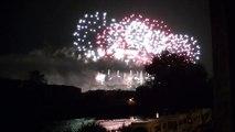 14 juillet 2013 Feu dartifice de Carcassonne HD
