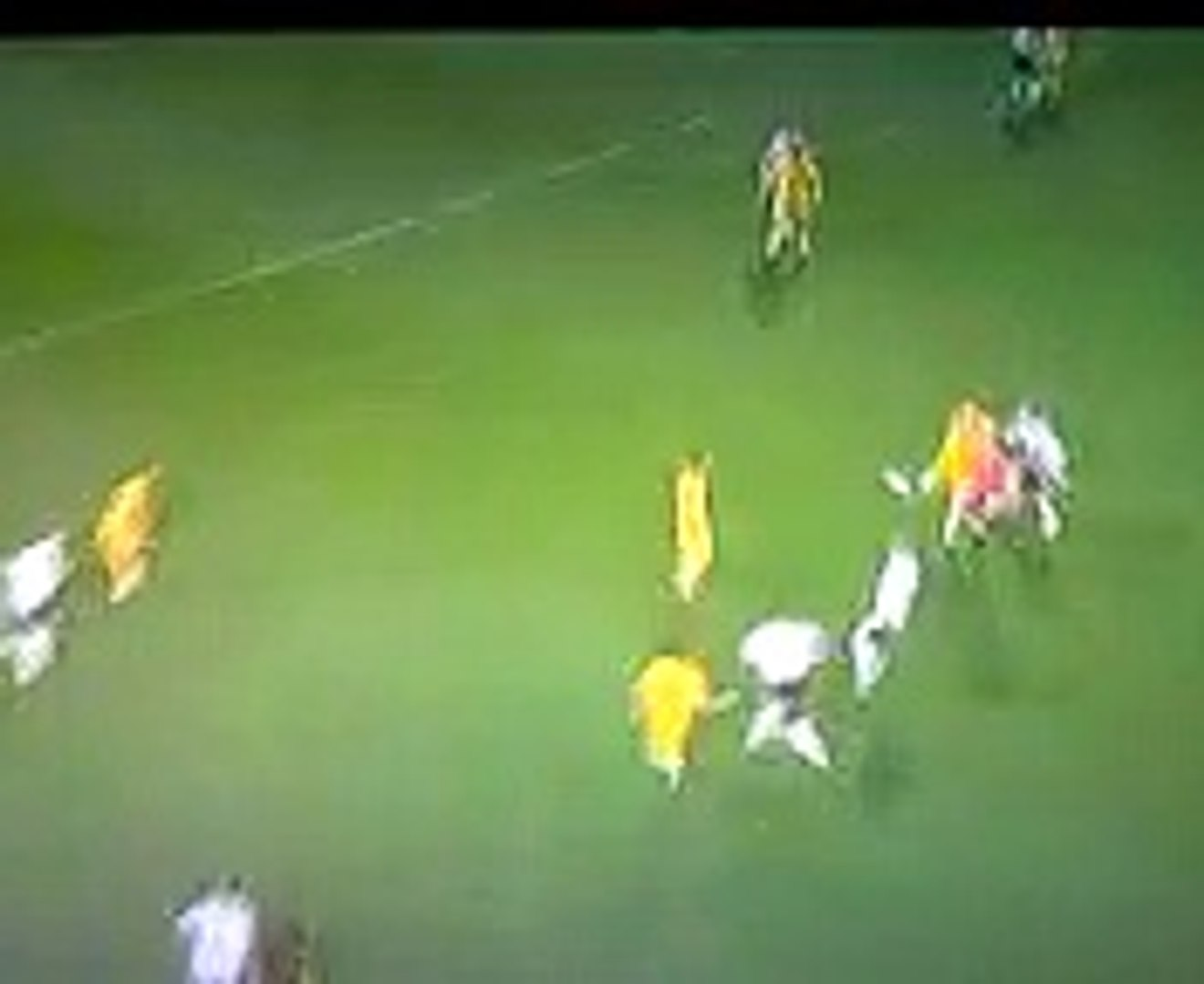 sport funny,referee gets knocked out cold by ball 2009
