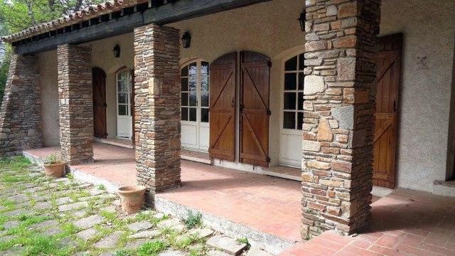 Draguignan Maison A VENDRE - 144 m² sur terrain clos 1440 m² avec Piscine