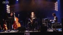 un extrait du concert de Factory acts, groupe de Saint-Etienne! j'aime cette musique...